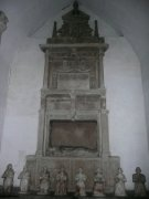Monument on the interior of the Bruce aisle. Image: Amanda Gow (August 2007)  Image ID: 1642_51.JPG