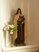 St. Theresa of Lisieux with her roses inside of Pittenweem Roman Catholic Church. Image: Kirsty Owen (November 2007)  Image ID: s4706_10.JPG